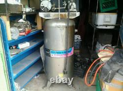 Campbell-Hausfeld 60-gallon Upright Air Compressor VT558704 220/230v-5hp 11.4cfm