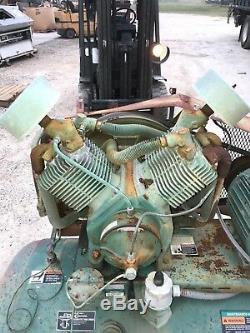 Champion Hr10-12 Reciprocating Air Compressor 120 Gallon Horizontal 60hz 10hp