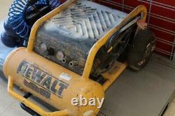 DEWALT Air Compressor 4.5 GALLON WHEELED PORTABLE AIR COMPRESSOR D55 (EC2003515)
