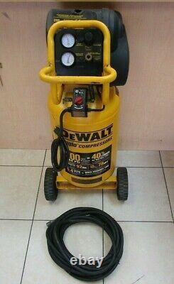 DeWALT D55168 1.6 HP Continuous, 220 PSI, 15 Gallon Compressor with 3.8 Hose