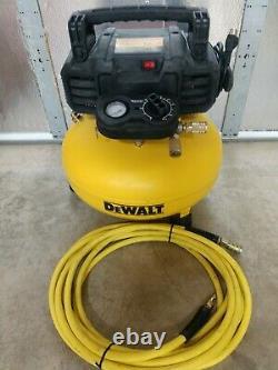 DeWalt 6 Gallon Oil-Free Pancake Air Compressor with 25' Hose Model# DWFP55126