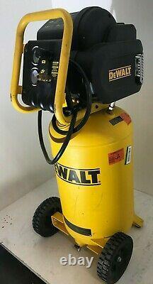DeWalt D55168 1.6 Hp 225Psi 15Gallon Oil Free Vertical Portable Compressor VG