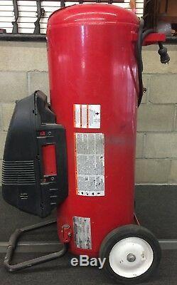 Husky WL650702AJ 26-Gallon 150 Psi Max Air Compressor