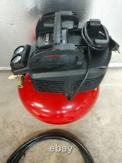 Porter Cable 6 Gallon 150 PSI Pancake Air Compressor with 25 ft Air Hose C2002