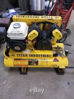 Titan Industrial 5.5 hp 8 Gallon Air Compressor